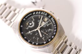 *TO BE SOLD WITHOUT RESERVE* VINTAGE OMEGA SPEEDMASTER AUTOMATIC REF 176.001