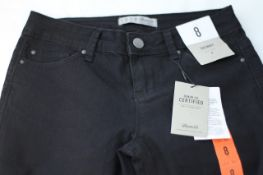 DENIM & CO. SKINNY JEANS NEW WITH LABELS, Colour : BLACK, AGE: UNKNOWN, SIZE: 8, CONDITION GRADE: