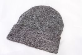 H&M BEANIE, Colour : GREY, AGE: UNKNOWN, SIZE: ONE SIZE, CONDITION GRADE: 2 GOOD * TO BE SOLD