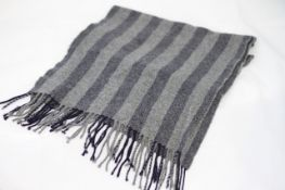HUGO BOSS SCARF, Colour : GREY / BLUE, AGE: UNKNOWN, SIZE: ONE SIZE, CONDITION GRADE: 1 VERY