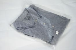 SIEMENS POLO T-SHIRT SEALED NEW , Colour : GREY, AGE: UNKNOWN, SIZE: LARGE, CONDITION GRADE: 1