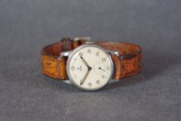 GENTLEMENS TUDOR WRISTWATCH, circular two tone dial with arabic numeral hour markers and pencil
