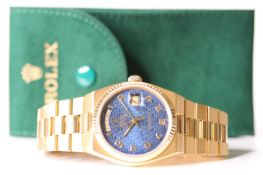RARE 18CT ROLEX OYSTER QUARTZ DAY DATE WITH RARE JUBILEE DIAL, REFERENCE 19018, CIRCA 1987, blue