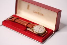VINTAGE OMEGA DRESS WATCH WITH BOX REFERENCE 121.081-63, CIRCA 1963, circular off white dial, gold