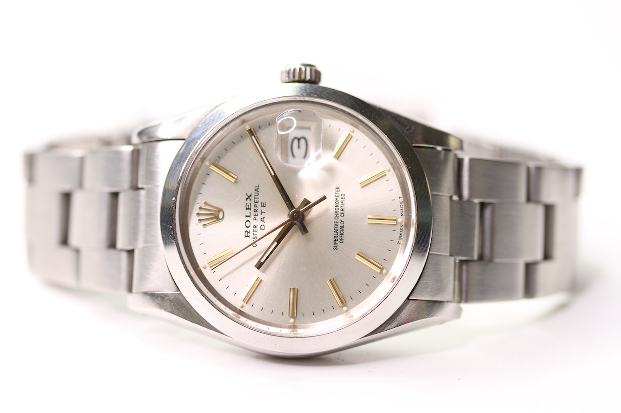 VINTAGE ROLEX OYSTER PERPETUAL DATE QUICK CHANGE REFERENCE 15000 CIRCA 1980, circular sunburst