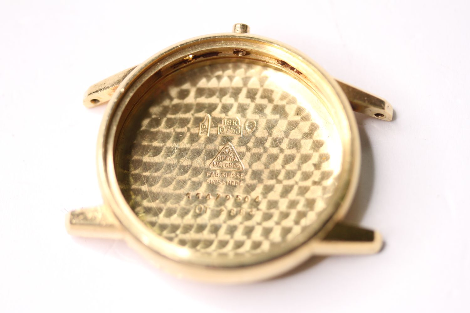 18CT OMEGA CASE, 35mm 18ct gold case, reads omega watch co, fab suisse, swiss made, 11479504, OT - Image 2 of 3