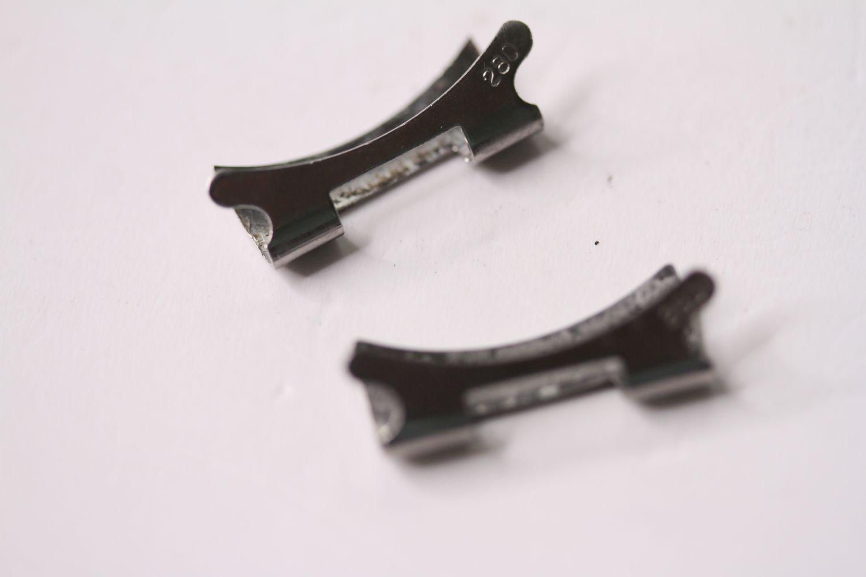 Vintage Rolex folded steel Bracelet, 9315 stamped end link, 280 stamped end pieces, approximately - Image 4 of 4