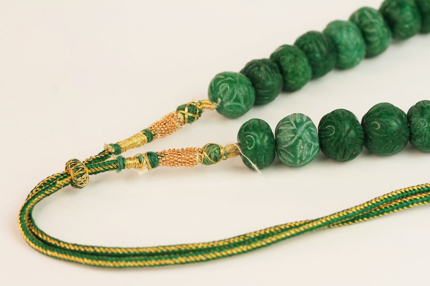 Weighty earth-mined carved natural emerald bead necklace with woven, adjustable slip knot and - Image 2 of 4