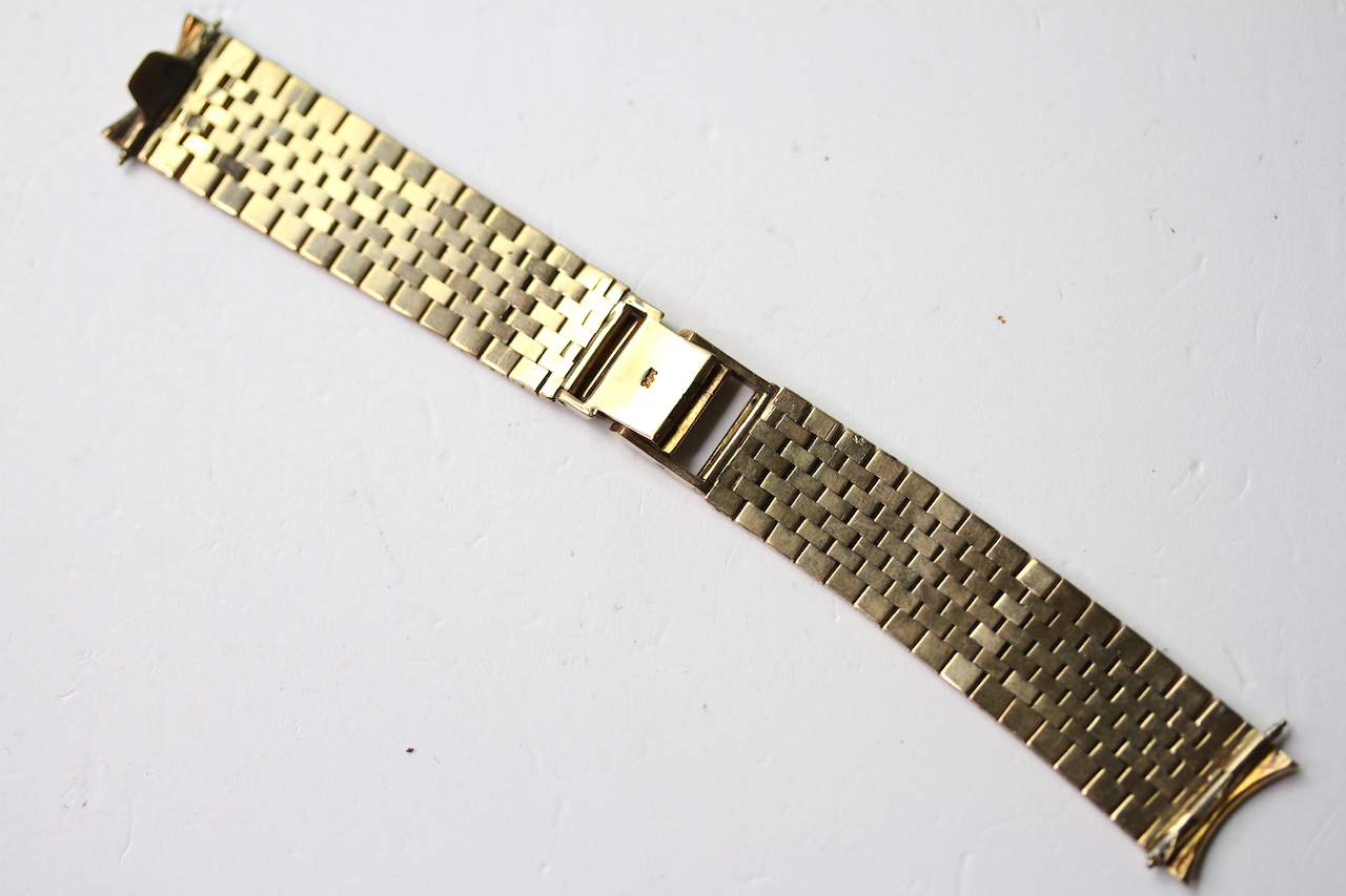 9CT BARK EFFECT BRACELET, stamped 9ct yellow gold, approximately 38.59g. - Image 2 of 3