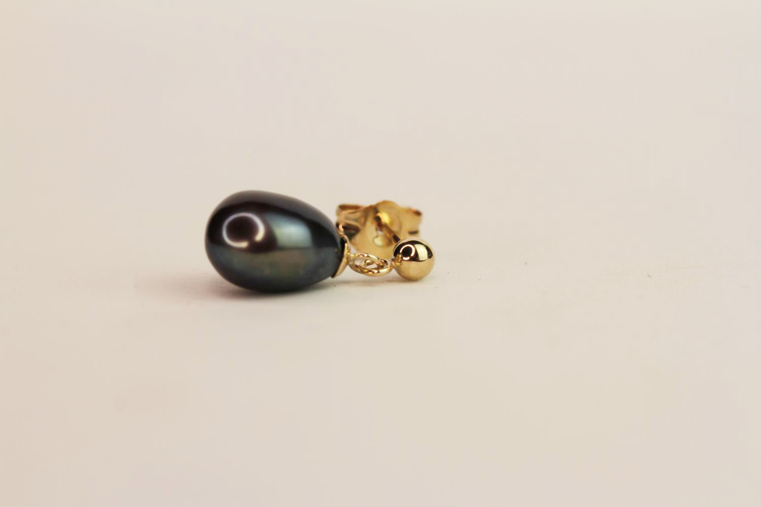 Pair of 9ct yellow gold drop studs with natural black pearls, boxed, butterfly backs. - Image 2 of 3