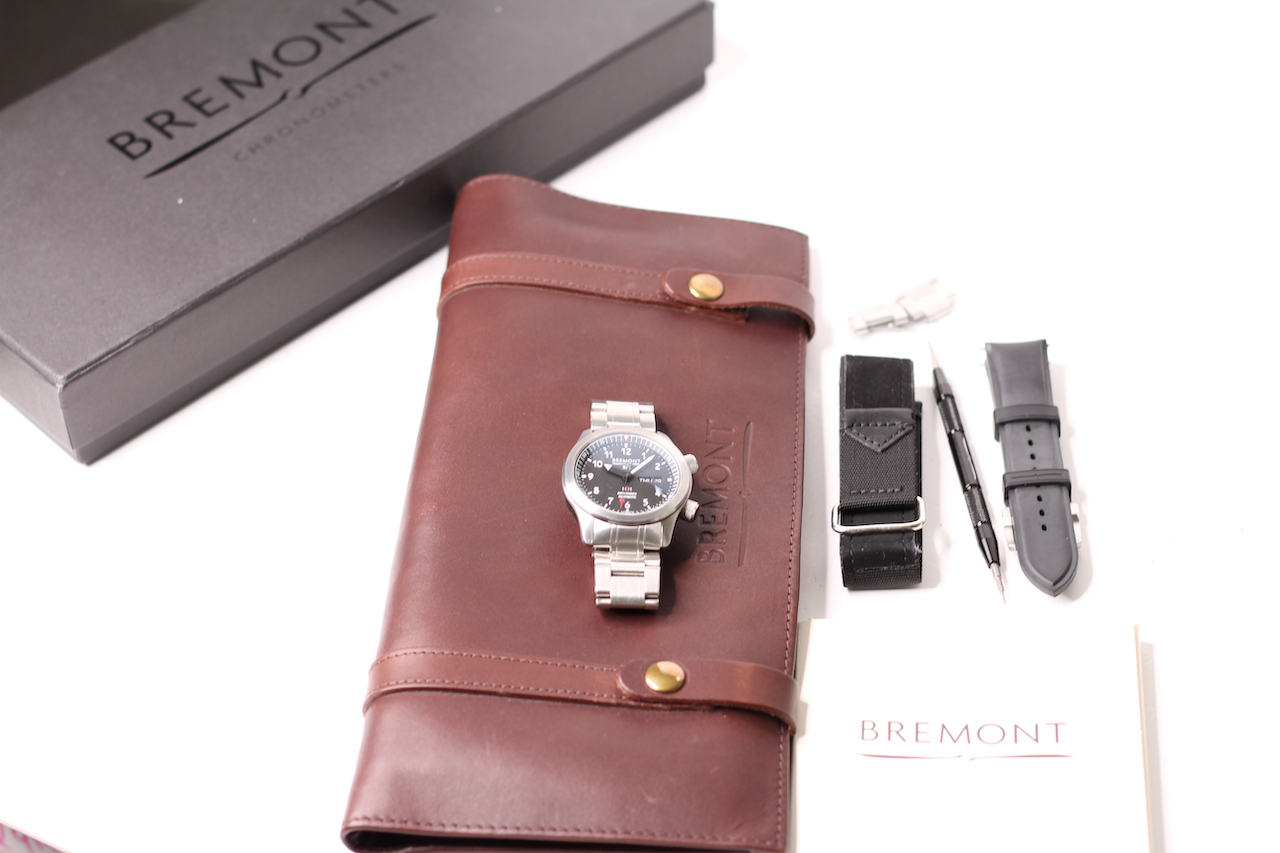RARE MILITARY BREMONT SO19 ISSUED MB11 AUTOMATIC WATCH WITH BOX AND PAPERS 2015, circular black dial