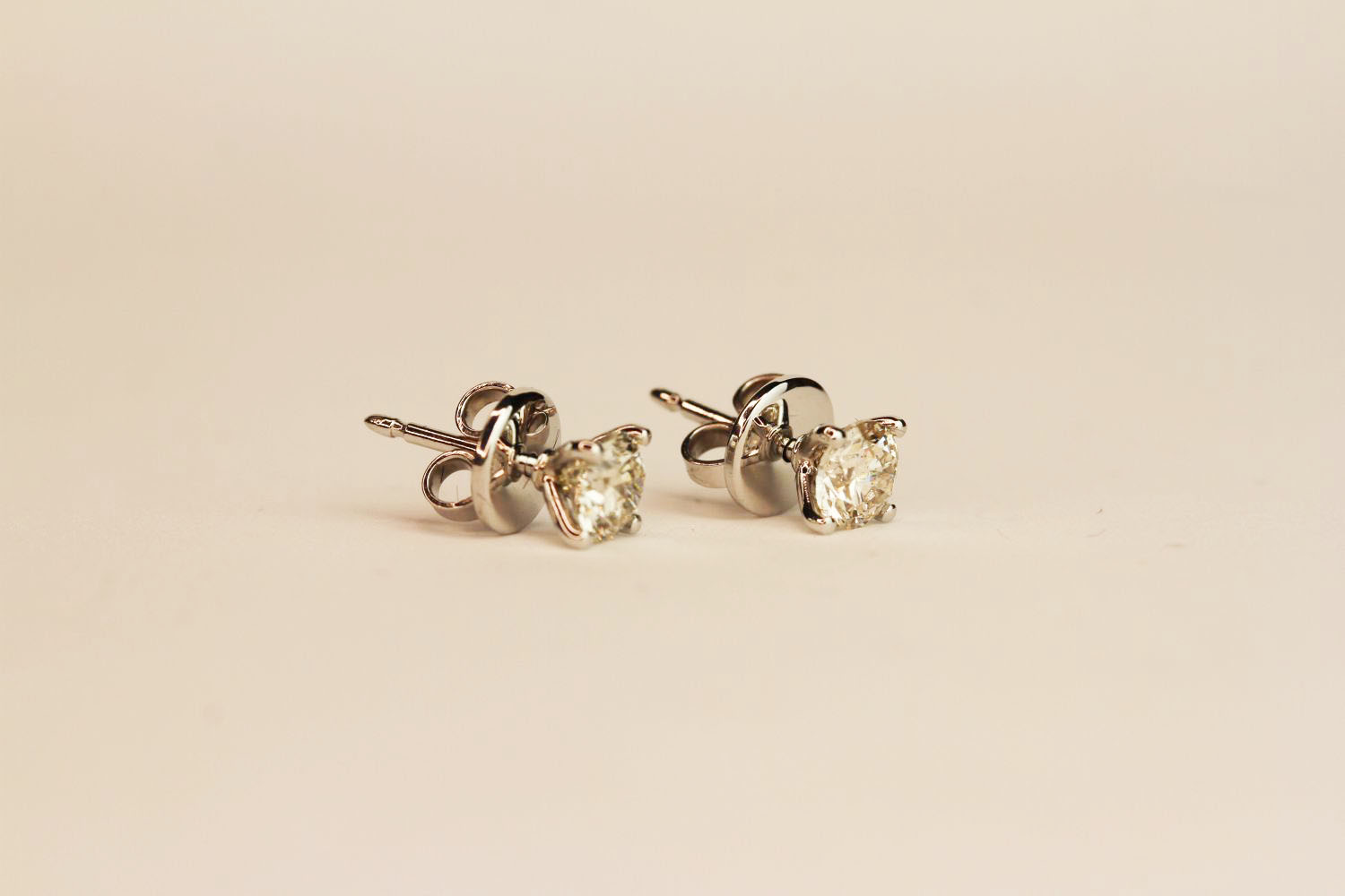 Pair 18ct white gold four claw diamond solitaire studs. 1.02ct total. Boxed, butterfly backs. - Image 2 of 3