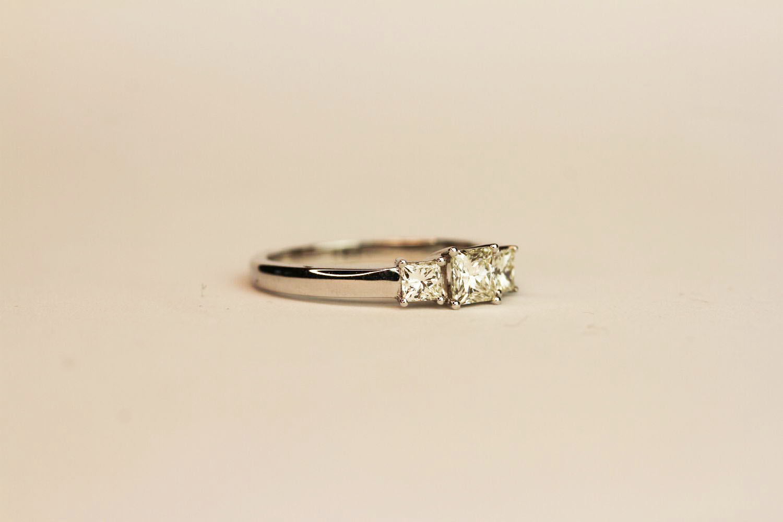 18ct white gold princess-cut diamond trilogy ring. Diamonds 0.75ct, ring size N 1/2. - Image 2 of 3
