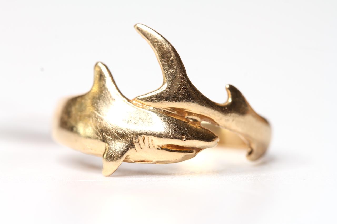 14k shark Ring, 3.8g gross