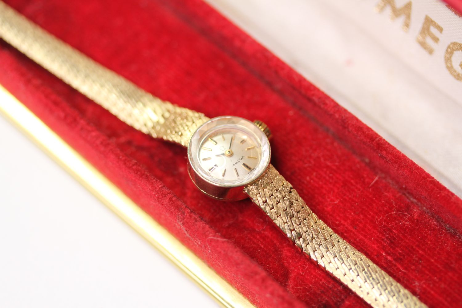 VINTAGE OMEGA WRISTWATCH, circular silver dial with baton hour markers, 14mm 14ct gold case, snap - Image 2 of 3