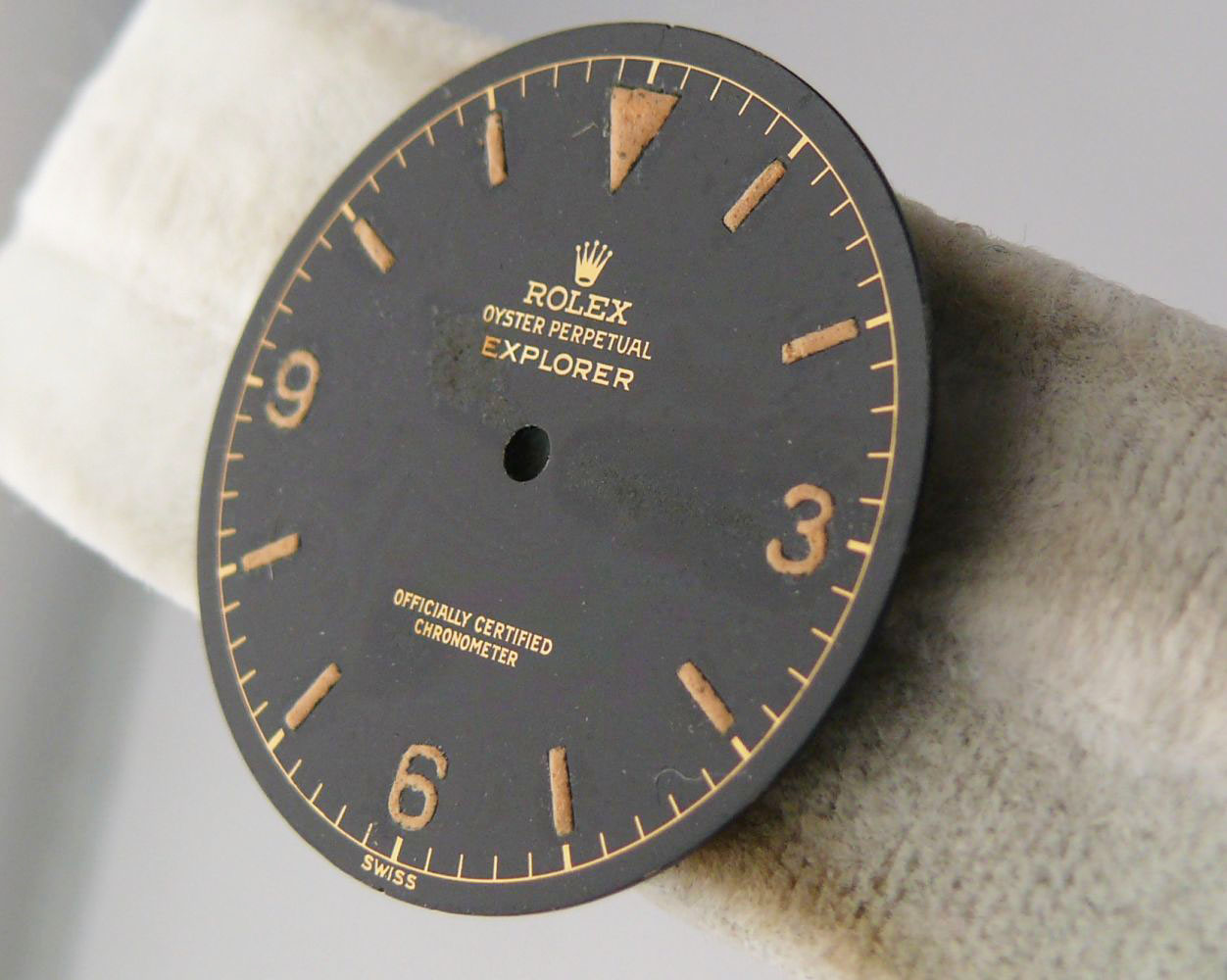 1950s Rolex Gents Explorer Dial Ref 6610, genuine 1950s rolex explorer dial showing some radium burn - Image 5 of 8