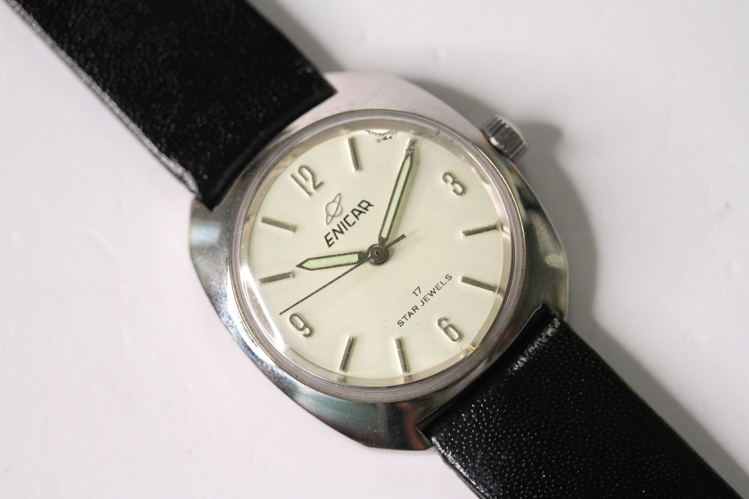 *TO BE SOLD WITHOUT RESERVE* ENICAR STAR JEWELS AUTOMATIC WRISTWATCH, circular cream dial with