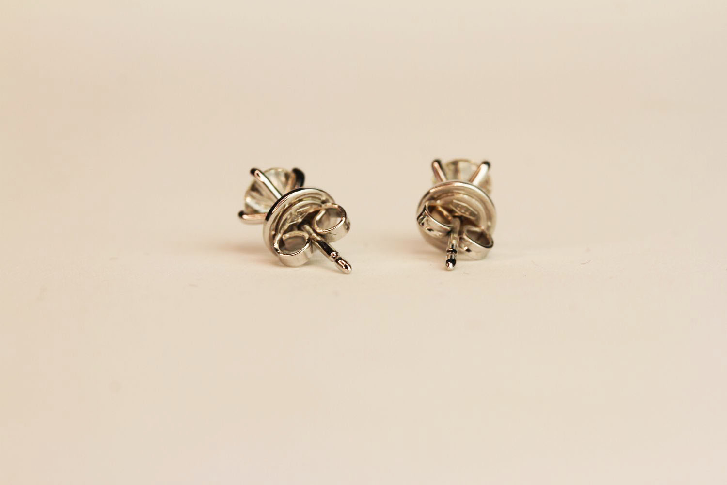 Pair 18ct white gold four claw diamond solitaire studs. 1.02ct total. Boxed, butterfly backs. - Image 3 of 3