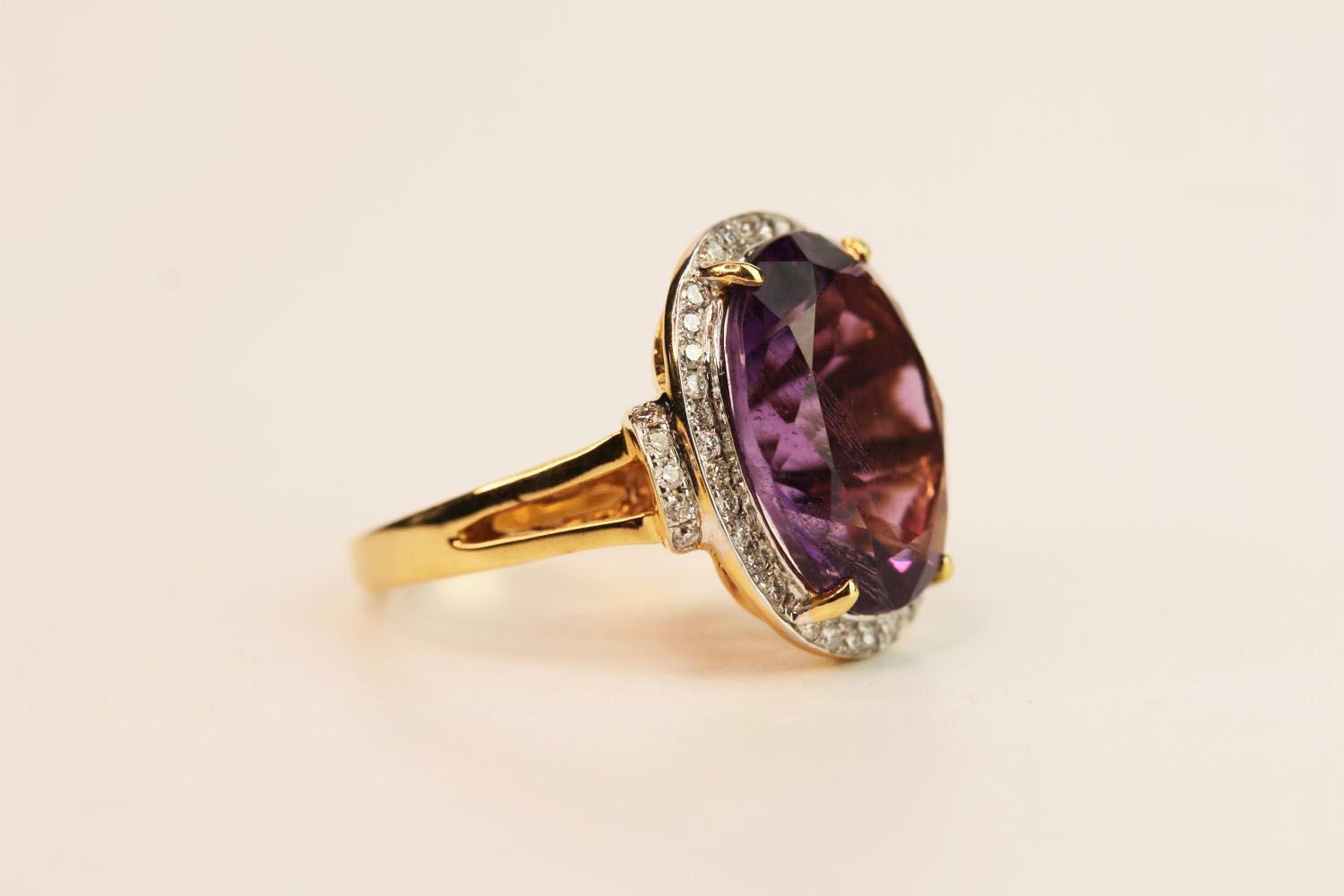 Amethyst & Diamond Cluster Ring, set with an oval cut amethyst, surrounded by round brilliant - Image 2 of 3
