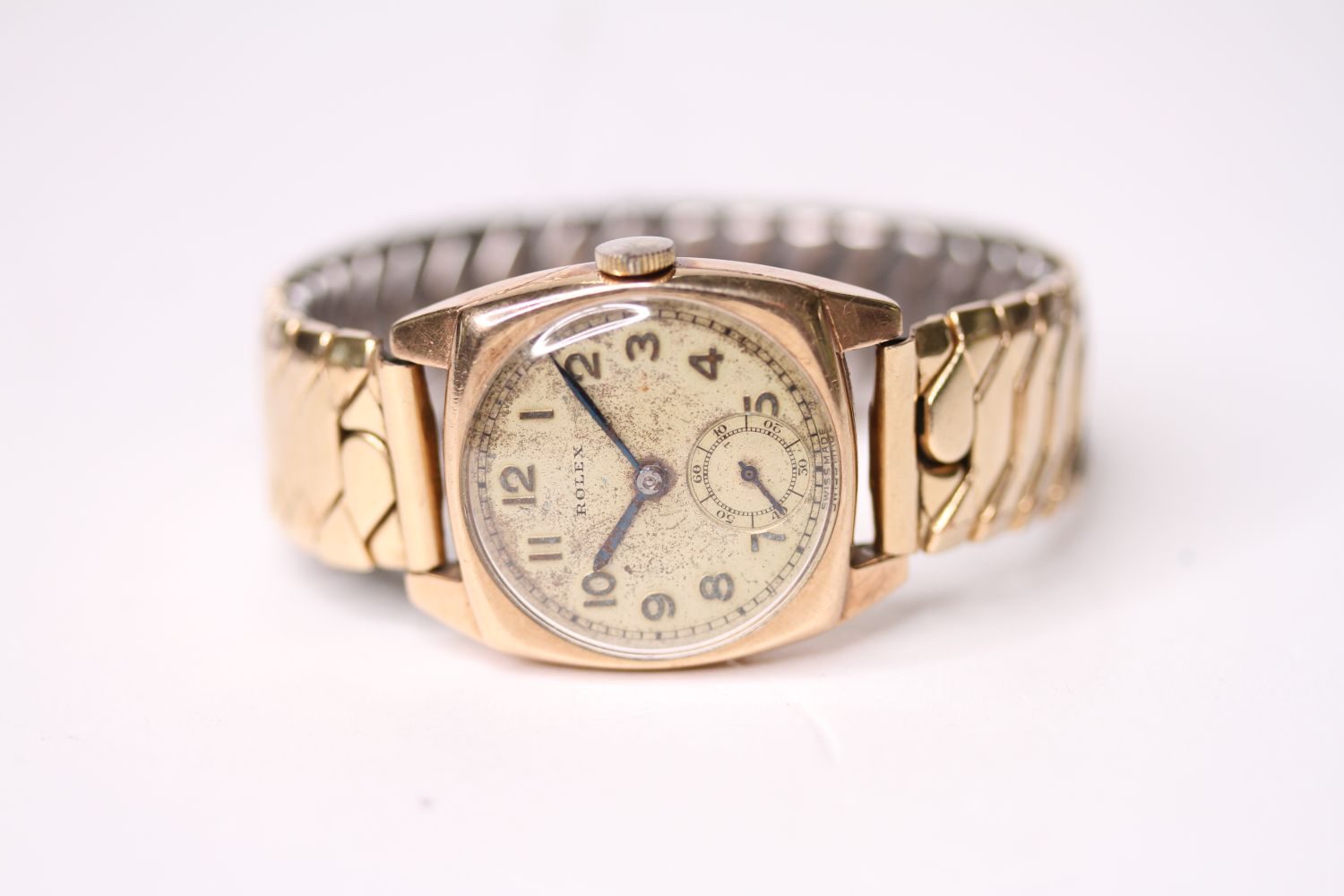 VINTAGE ROLEX WRISTWATCH, circular cream dial with arabic numbers, small seconds at 6 0'clock,