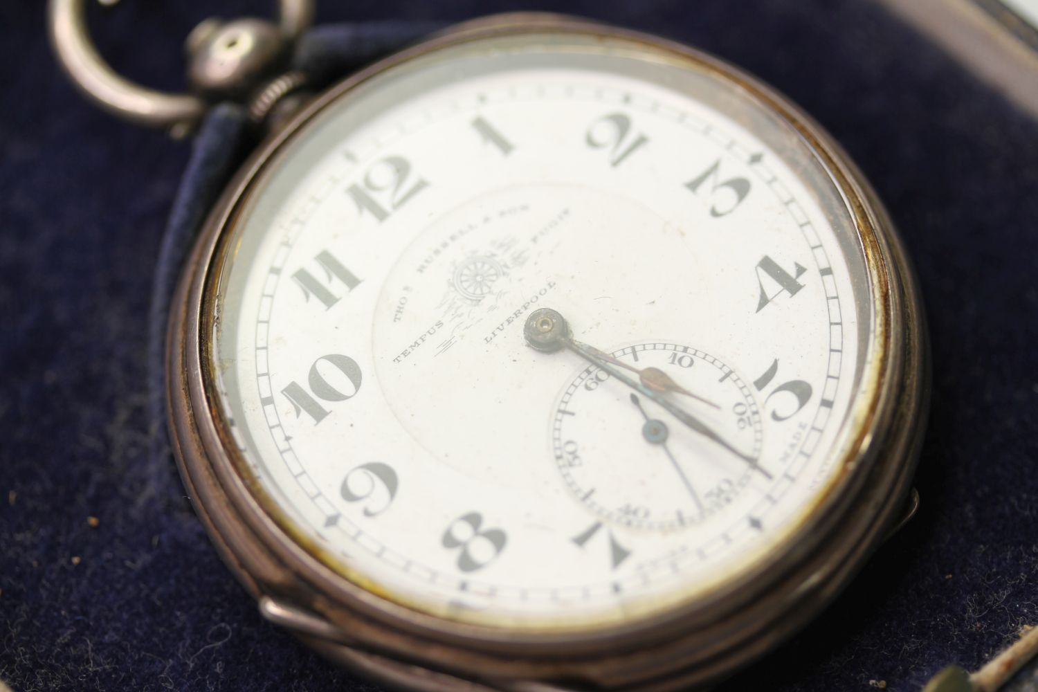 SILVER THO'S RUSSELL & SON POCKET WATCH & ALBERT CHAIN, circular white dial with arabic numbers,