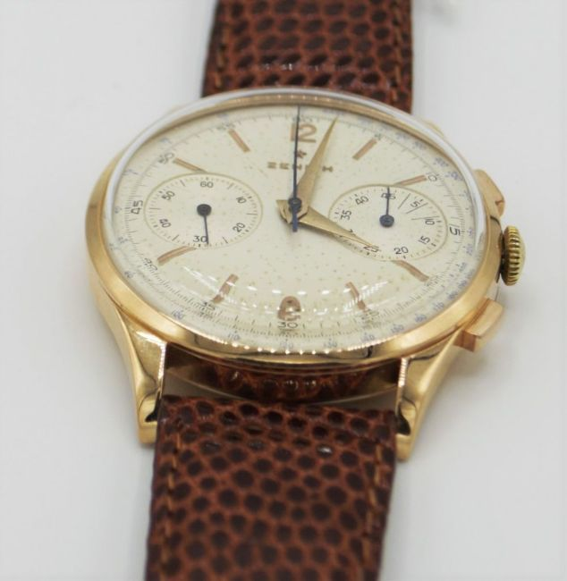 ZENITH JUMBO CHRONOGRAPH IN 18CT PINK GOLD CIRCA 1956. SERIAL 143831, REFERENCE 19518, ZENITH CAL. - Image 4 of 8