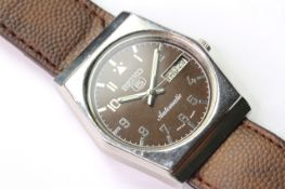 SEIKO 5 AUTOMATIC DAY DATE WIRST WATCH REFERENCE 6309-602A A5, circular brown dial with arabic