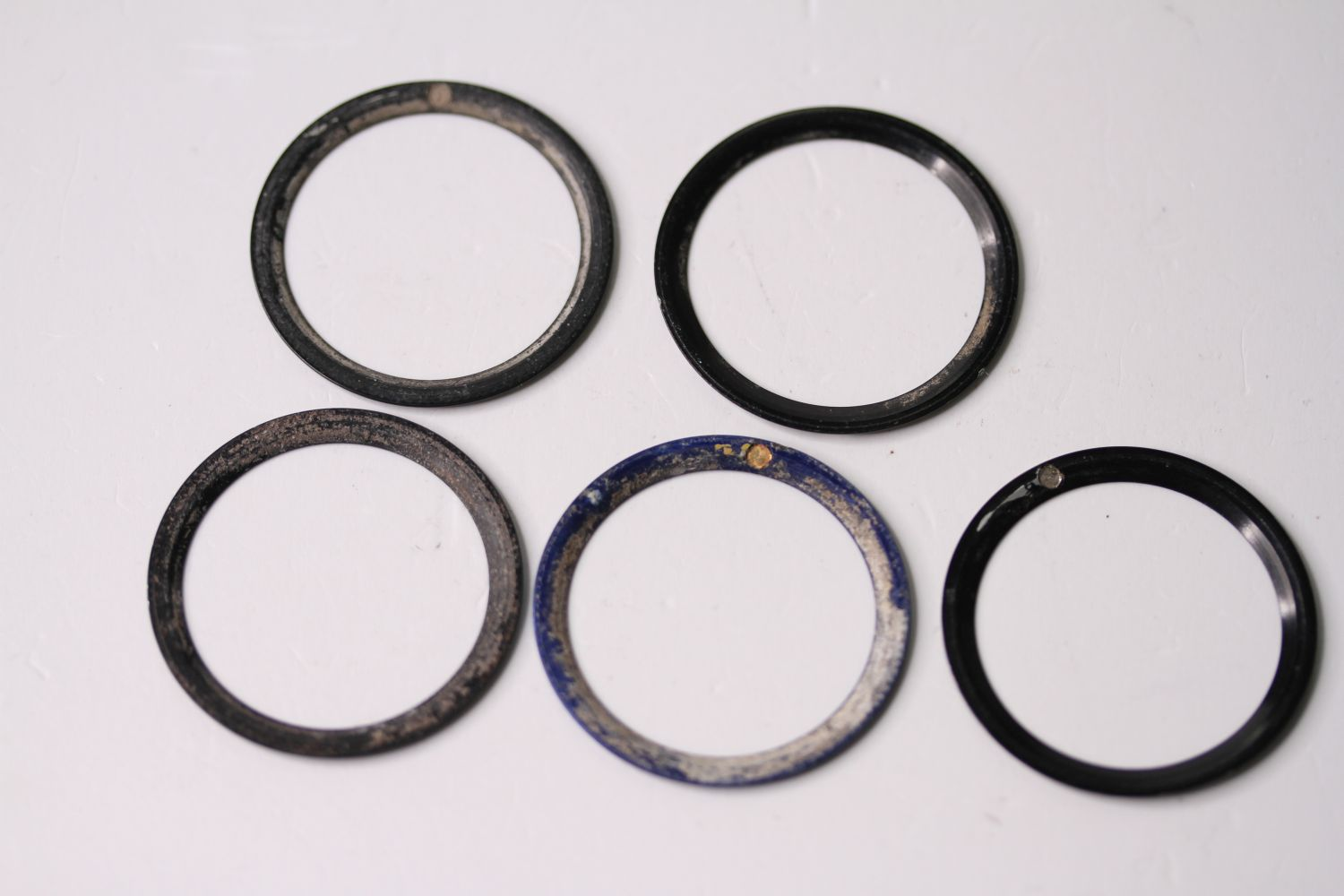 5x 1980s-1990s Rolex bezel inserts including, GMT, Submariner and Blue Bi Colour Submariner - Image 2 of 2
