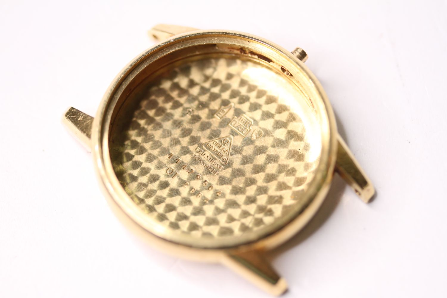 18CT OMEGA CASE, 35mm 18ct gold case, reads omega watch co, fab suisse, swiss made, 11479504, OT