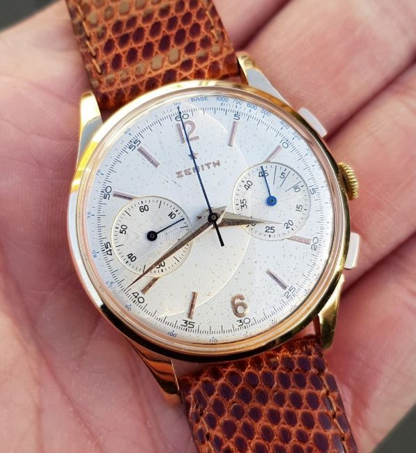 ZENITH JUMBO CHRONOGRAPH IN 18CT PINK GOLD CIRCA 1956. SERIAL 143831, REFERENCE 19518, ZENITH CAL.