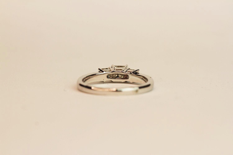 18ct white gold princess-cut diamond trilogy ring. Diamonds 0.75ct, ring size N 1/2. - Image 3 of 3