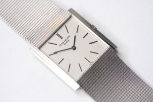 VINTAGE 18CT PATEK PHILIPPE WRIST WATCH, sqaure white dial with baton hour markers, 26mm 18ct