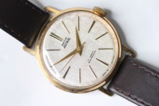 1961 Smiths Astral model T365 watch, with linen finish dial, cal 27.CS 17 jewels, linen dial with