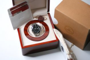 OMEGA SEAMASTER CHRONOGRAPH AMERICA'S CUP BOX AND PAPERS 2004, circular gloss black dial with