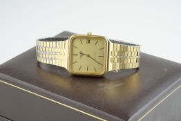 GENTLEMENS LONGINES AUTOMATIC WRISTWATCH W/ BOX, square gold dial with stick hour markers and hands,