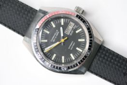 *TO BE SOLD WITHOUT RESERVE* CARAVELLE SET-O-MATIC DIVERS WATCH, circular black dial with baton hour