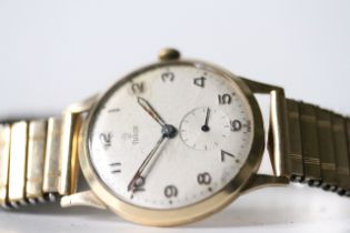 VINTAGE 9CT TUDOR MANUAL WIND WRIST WATCH, circular cream dial with arabic numeral hour markers,