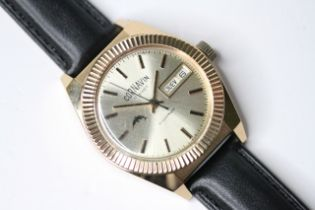 *TO BE SOLD WITHOUT RESERVE* CORNAVIN DAY DATE GOLD PLATED WRIST WATCH, circular champagne dial with