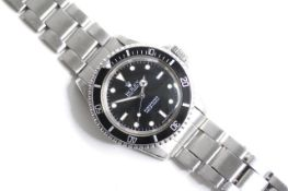 VINTAGE ROLEX SUBMARINER REFERENCE 5513 CIRCA 1971, circular gloss black dial with applied hour
