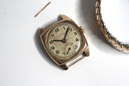 VINTAGE 9CT ROLEX MANUAL WIND WATCH CIRCA 1940s, circular champagne dial with arabic numeral hour