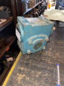 TIGEAR GEARBOX, 40:1 RATIO, L/P, O/P ON TAG