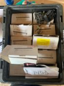 LOT OF REXROTH, HEAVY DUTY HINGE, PART #3842242131 , RIGGING FEE $