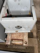 HAMMOND TRANSFORMER, 600 V TO 120/24, 7.5 KVA, 80 POUNDS, USED OUT OF CASE AND JUNCTION BOX, RIGGING