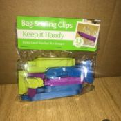 PALLET TO CONTAIN 600 PACKS OF 13 KEEP IT HANDY BAG SEALING CLIPS - KEEP FOOD FRESHER FOR LONGER