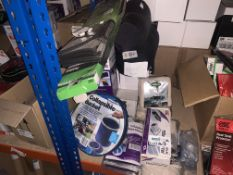 40 X PIECE MIXED LOT INCLUDING COLLAPSIBLE BUCKETS, MEMORY FOAM NECK RESTS, TRAVEL PILLOWS,