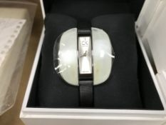 LADIES CALVIN KLEIN WRIST WATCH IN DISPLAY BOX