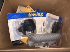 25 PIECE TOWING ACCESSORIES LOTS INCLUDING 13 PIN SOCKETS, 7 PIN SOCKETS, 1.5M CARAVAN CURLY