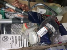 26 PIECE MIXED LOT INCLUDING ICE GRABBER, SPEAR AND JACKSON HEAD SHEARS, TOWEL RING ETC