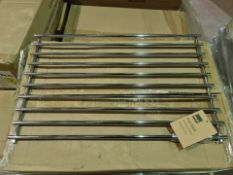 (P7) PALLET TO CONTAIN 150 x NEW CHROME STYLE LARGE KITCHEN POT/PAN MAT/ TREVEL. RRP £19 EACH
