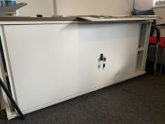 LOCKABLE FILING CABINET WITH SLIDING DOORS